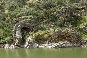 pliegues geológicos en monfragüe